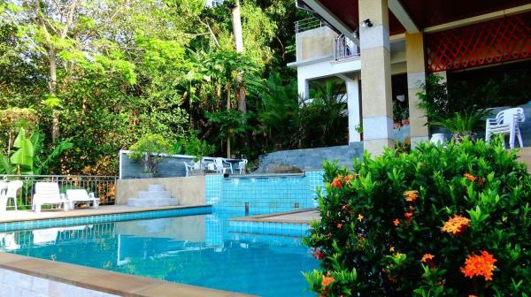 4 bedroom apartment  with sea view & private pool Phuket