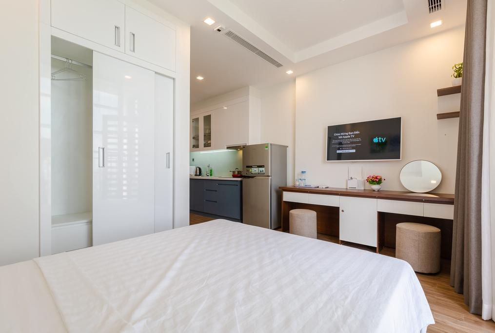 A Homes Green Bay Luxury Apartment 1.2