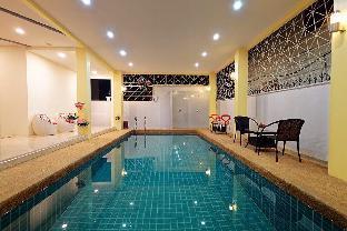Hi  Holiday Hostel 21BR Sleeps 70 w/ Pool in City วิลลา 21 ห้องนอน 21 ห้องน้ำส่วนตัว ขนาด 260 ตร.ม. – พัทยากลาง