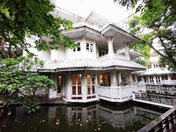 Royal River Villa Bangkok