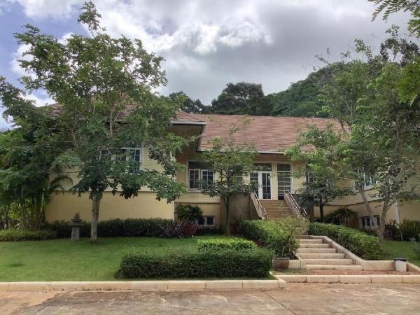 4 Bedroom Spacious Family Villa Khao Yai