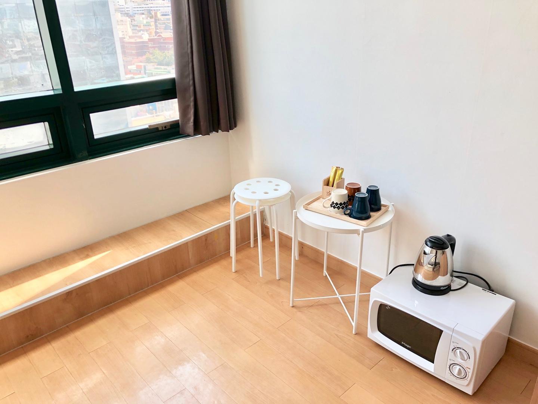 Jun 13 Hongdae Cozy Room Hongik Univ Stn.1min