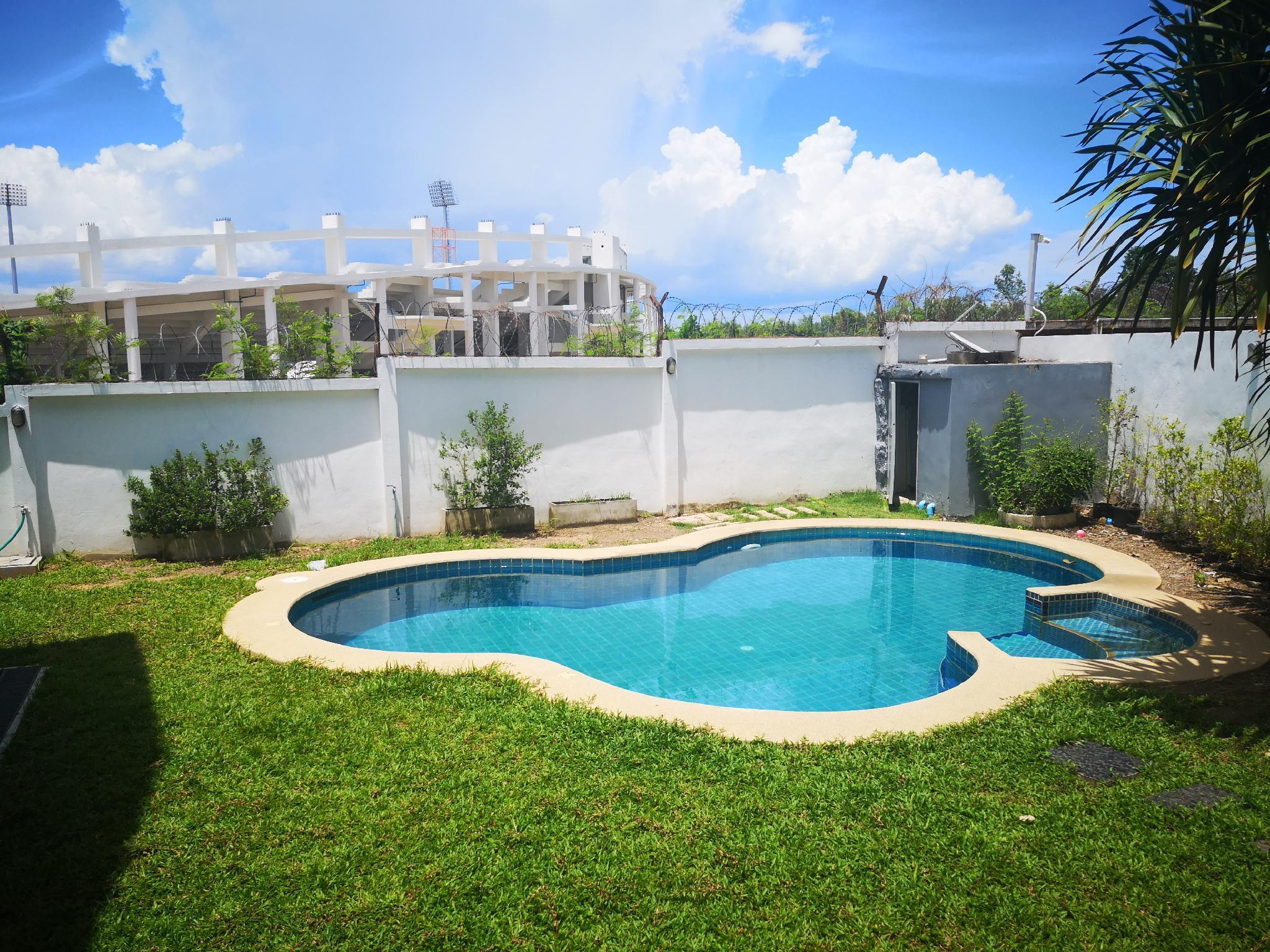 The warmest swimming pool villa in Pattaya วิลลา 5 ห้องนอน 5 ห้องน้ำส่วนตัว ขนาด 300 ตร.ม. – เขาตาโล