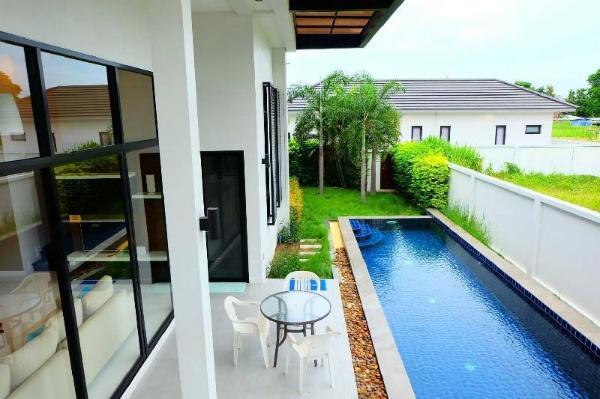 HuaHin Pool Villa at We by Sirin Hua Hin