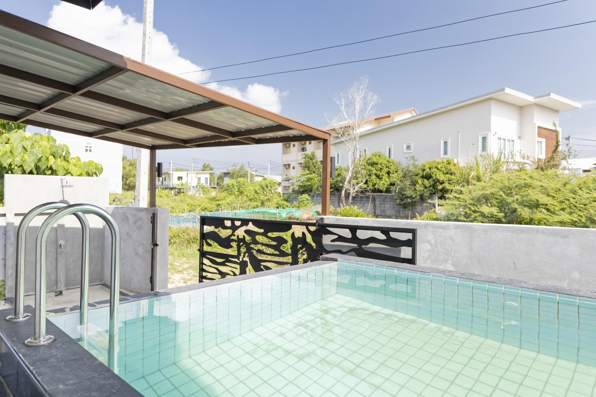 3 Bedroom House with pool in Thalang Phuket