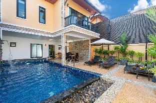 [バンタオ]ヴィラ(250m2)| 3ベッドルーム/4バスルーム  Contemporary Luxury Villa | King Beds, Pool, Park