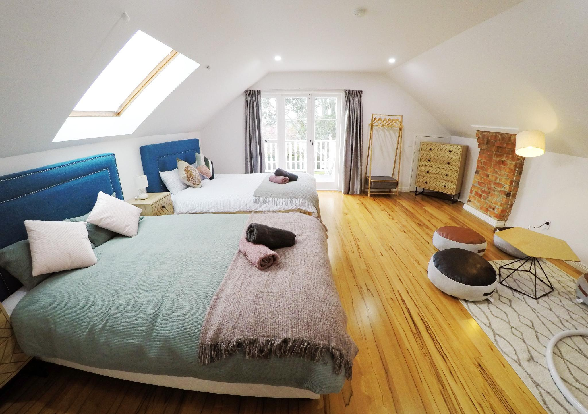 Quiet & Cosy 2 Rooms 2nd Floor  Room 1   2