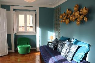 Bright and Newly Renovated apt  Central  2 Bdr