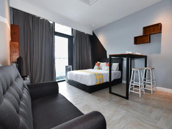 OYO Home 894 Homey 1BR Empire City Marriot Kuala Lumpur