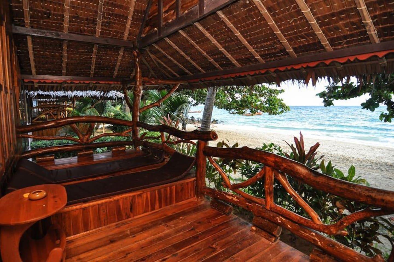 Spacious Paradise Bungalow   Beach Front