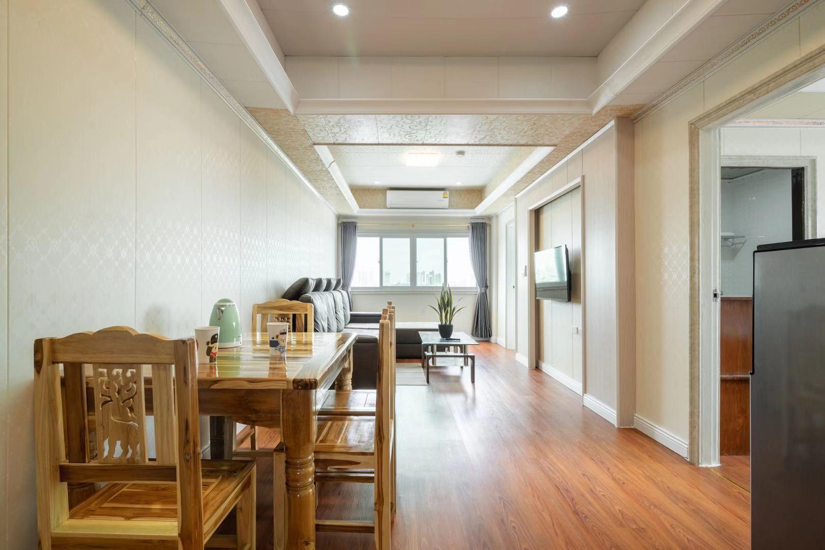 IT Apartment 3bed 2bath 1livingroom 602