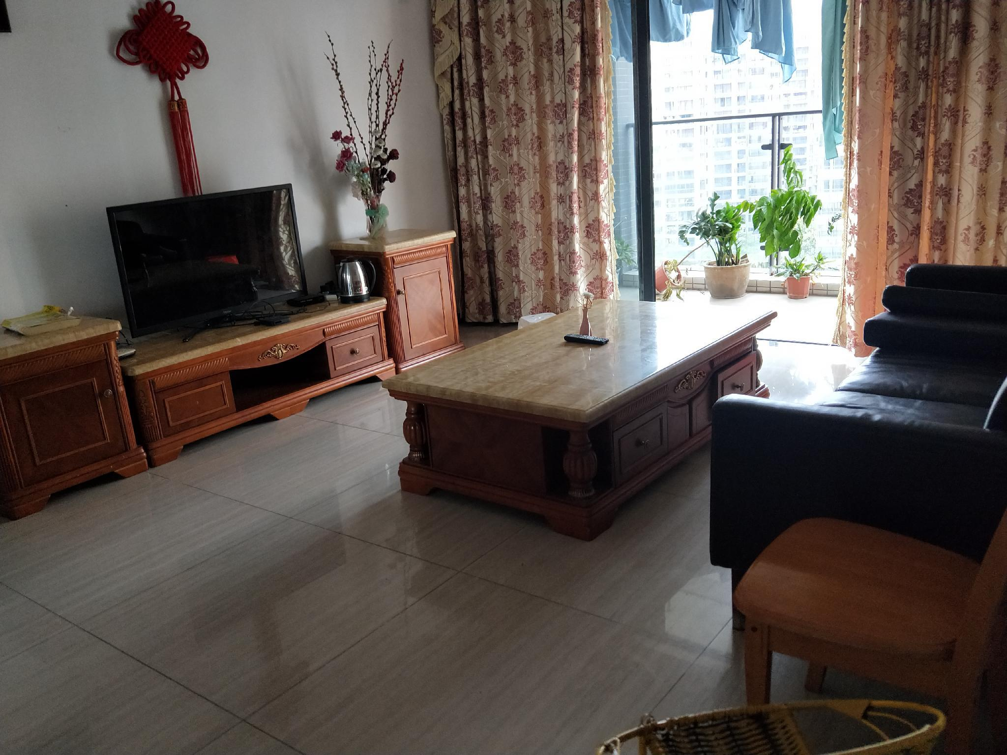 Simple European Style Daily Rent Short Rent