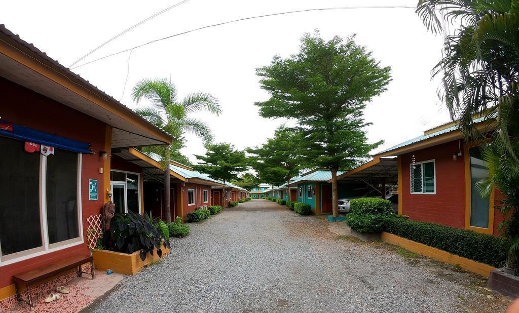 Somjainuk resort 8 / 1 BR/ free breakfast / wifi บังกะโล 1 ห้องนอน 1 ห้องน้ำส่วนตัว ขนาด 25 ตร.ม. – ปลวกแดง
