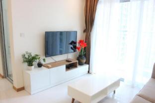 Lak's home - 2BR Apartment - Vinhomes Central Park - Ho Chi Minh City