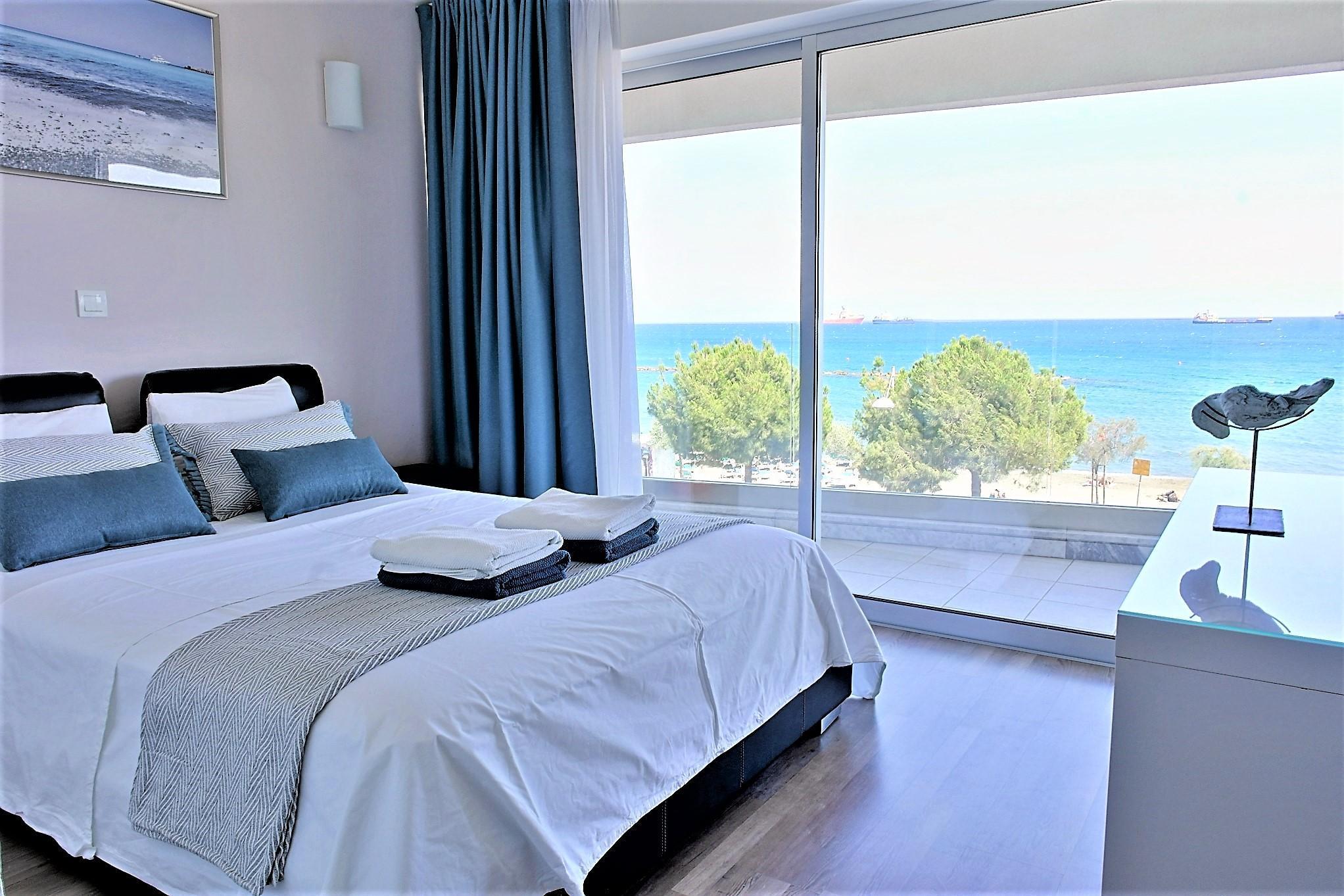 Luxury Front Sea View 2 Bedroom Apartment SAGE