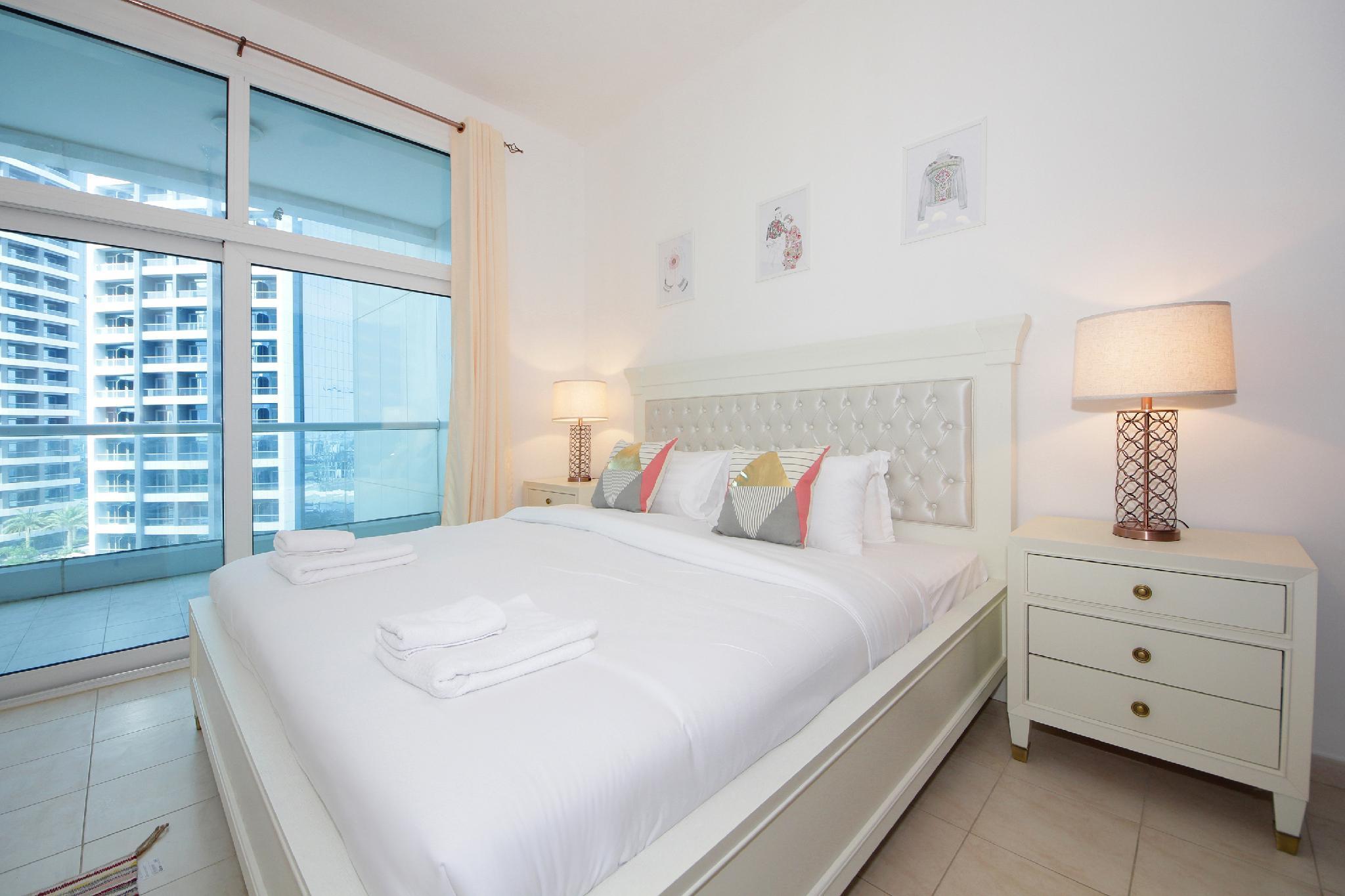 Luxury 2 Bedroom Apartment Al Fahad Tower 2