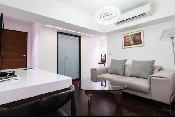 101 XinYi Luxury B for 2-6P  (Monthly) Taipei