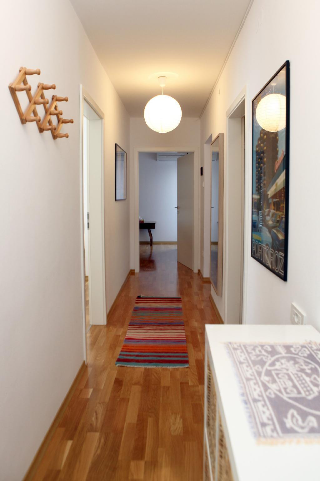 Elegant Sea View Apartment LR3
