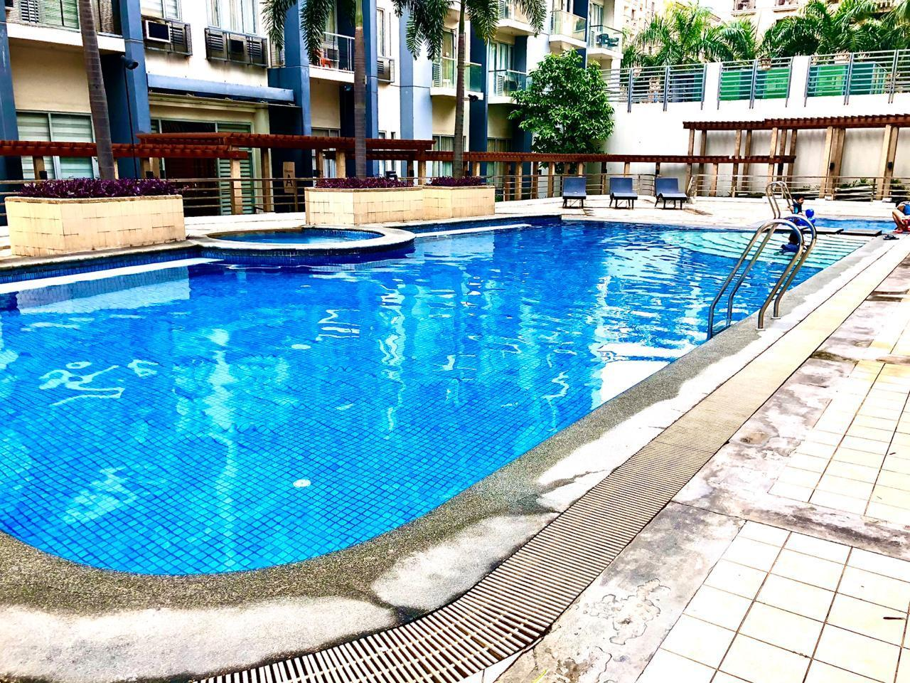 Studio Apartment In Front Of NAIA T3 New Port City