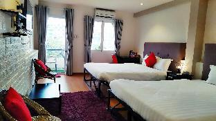 Deluxe Quad Room with Balcony   near Ben Thanh